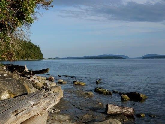 Kayaking to Blackberry Point, Valdes Island