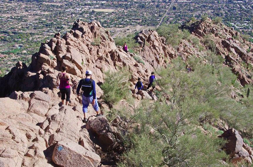 https://www.hikebiketravel.com/29088/hiking-camelback-mountain-scottsdale-arizona/
