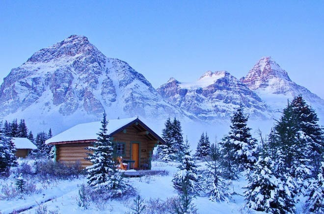 8 backcountry lodges in the canadian rockies