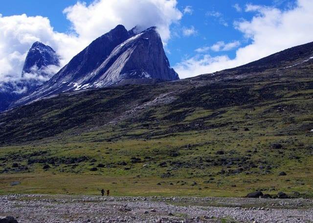 """Hikers making their way to Summit Lake"""