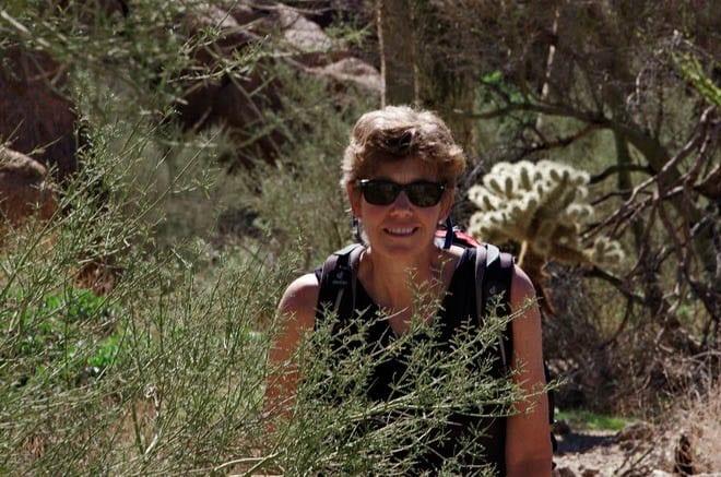 """warm  weather hiking Pinnacle Peak"""