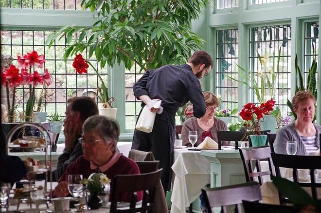 An April Visit to the Butchart Gardens