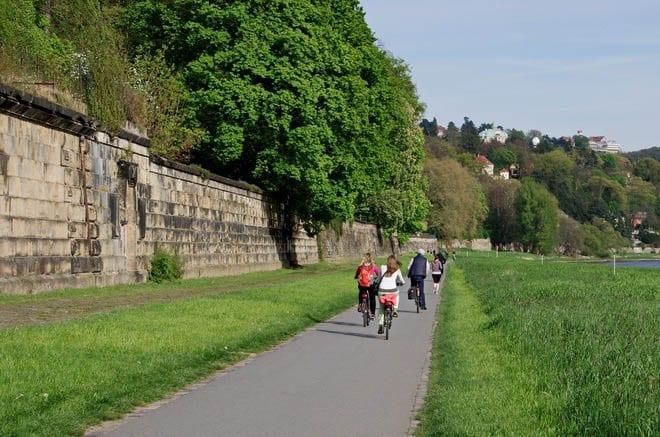 """Super easy biking past castles and vineyards"""