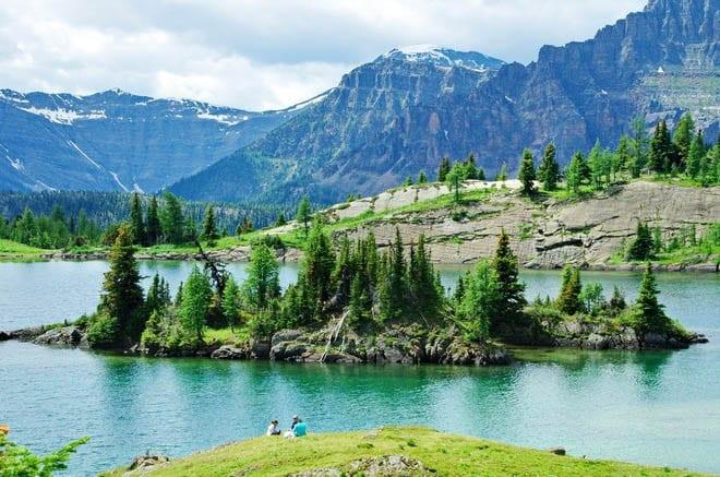 """Rock Isle Lake, Banff National Park"""