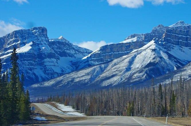 Beautiful mountain scenery southwest of Nordegg