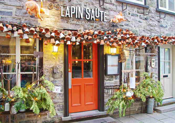 Why you 39 ll want to visit quebec city in december for Decoration quebec