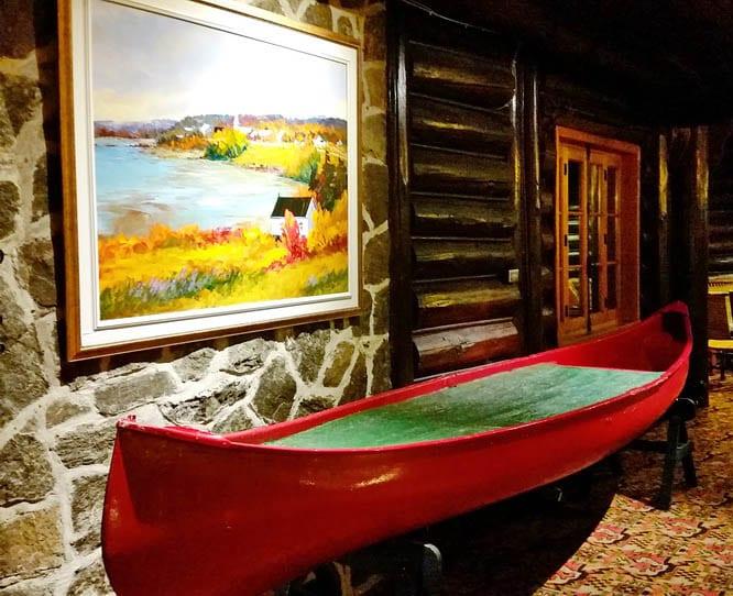 Full size canoe on the second floor - Fairmont Chateau Montebello